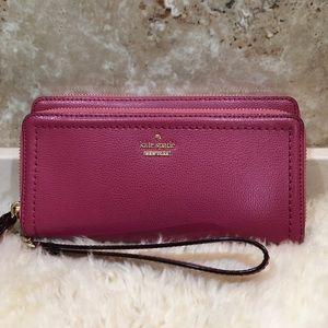 Kate Spade Carryall Wallet